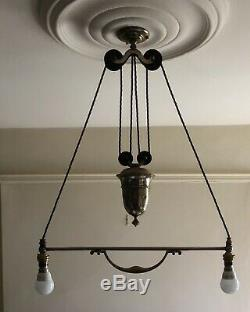 A Silver Plated Edwardian Rise And Fall Light / Lamp