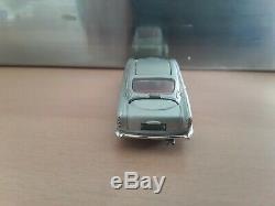 Corgi 270 James Bond Aston Martin Db5 Silver Plate all original and complete
