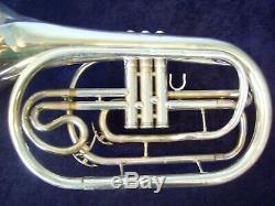 Quality Yamaha Yhr302m Silver Marching French Horn + Original Yamaha Case