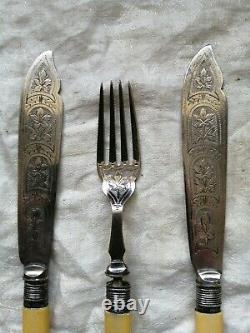 Silver Plated Bone Handle FISH Cutlery Eaters Decorative Knives Forks Hallmarked