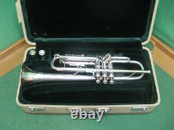 Skylark Pro Model Trumpet Reconditioned Original Case and #1 & #2 Mouthpiece