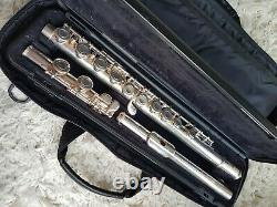 Yamaha YFL-211SII Flute with Original Hard Case Nickel Silver